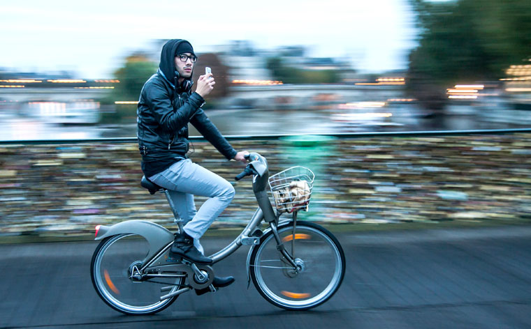 Grab your next trip by the handlebars: 5 awesome city bike-sharing schemes in Europe