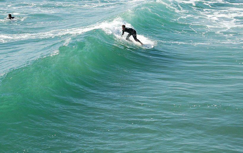 10 unmissable spots that make Portugal a surfer's paradise