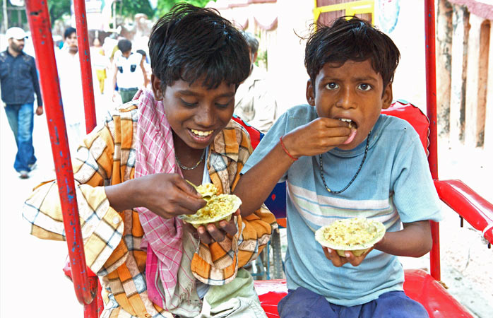 Remember to eat with your right hand while in India