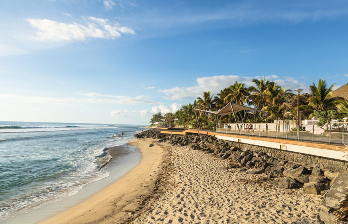 First thing on your list when you arrive in Réunion: hit the beach!