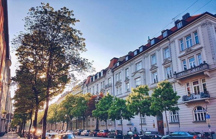 Walk around the quaint streets of Maxvorstadt
