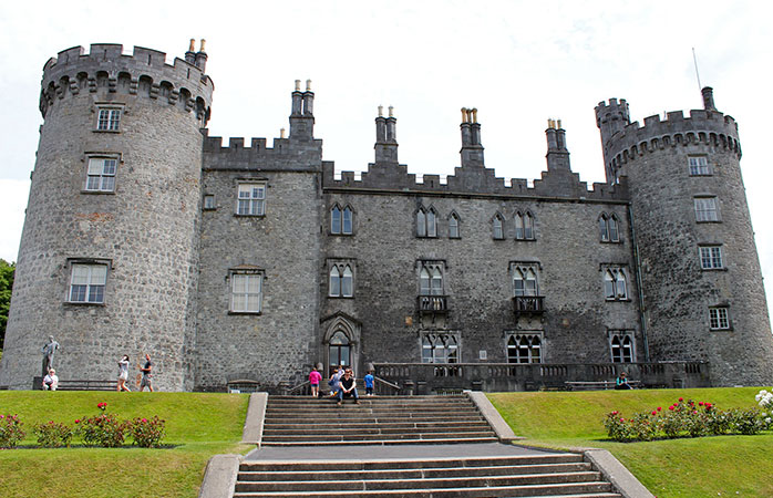Take a guided tour through Kilkenny Castle and travel back in time