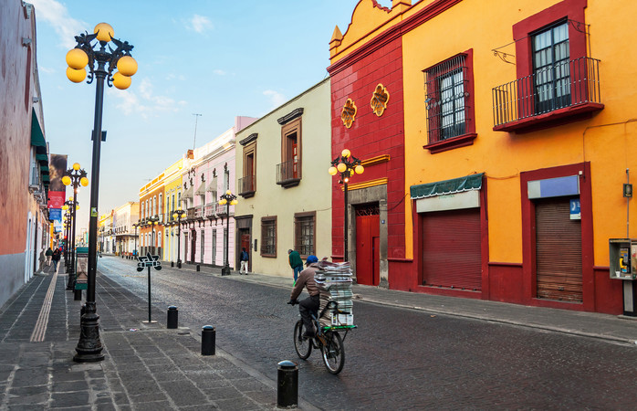 Morning on the streets of Puebla