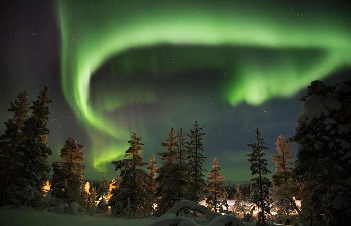 Just snow and an unforgettable light show in the Finnish Lapland