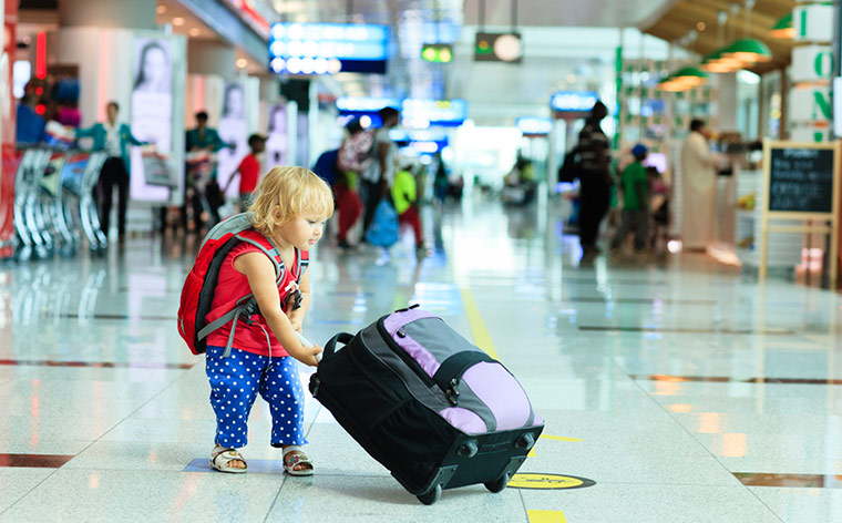 25 essential tips for travelling with kids