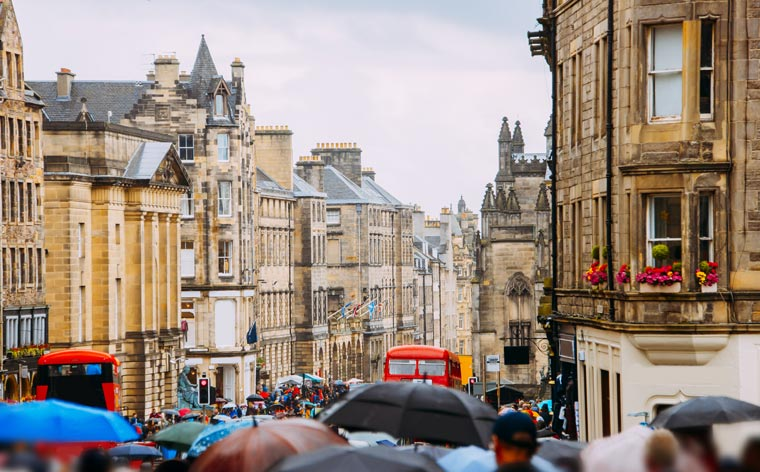 What to see and do during your first time in Edinburgh